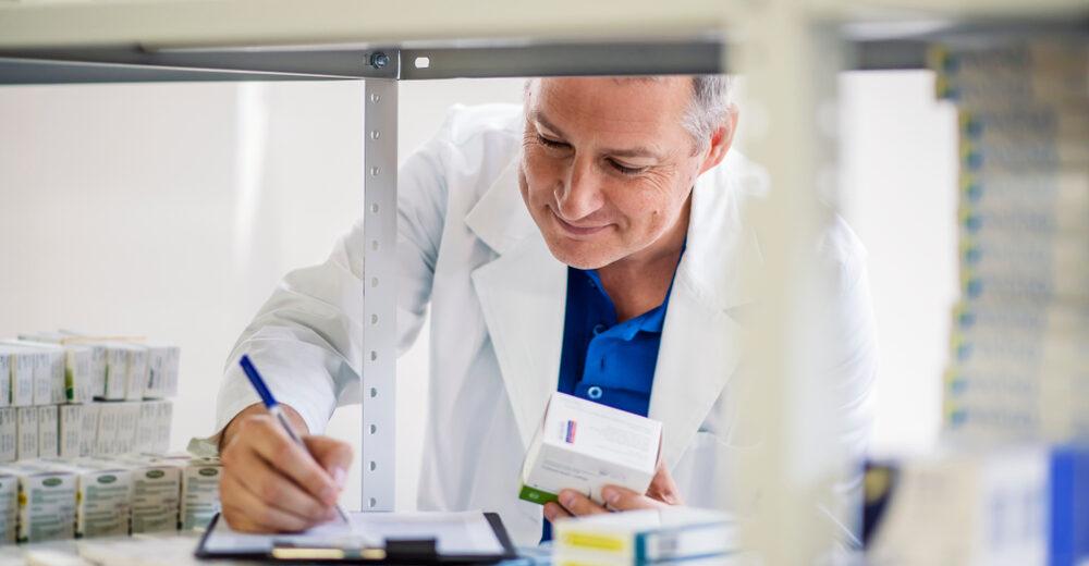 Con los genéricos en las farmacias bajarán precios de medicinas